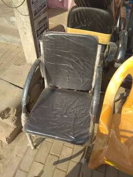 Sofa visitor chairs. Black color. Strong and durable.