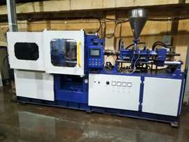 Need a  experience machine operator for my injection moulding machine