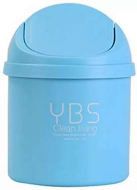 Small portable dustbin White and Blue
