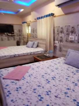 Hotel sale Tarapith 19 rooms 10 katha  6 crore