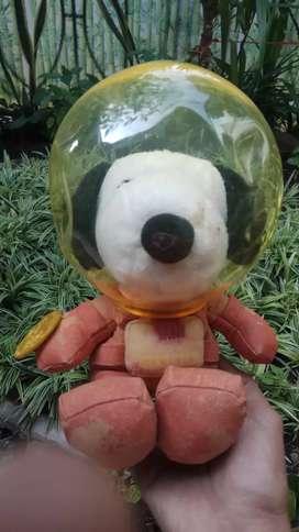 Action figure, Snoopy astronout..peanut celebration