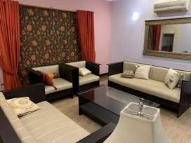 Dha 1kanal Fully furnished banglow 5 bed rooms Available For Short