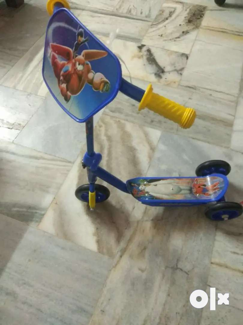 COMBO OFFER Kids bicycle for above age 3, mini scooter