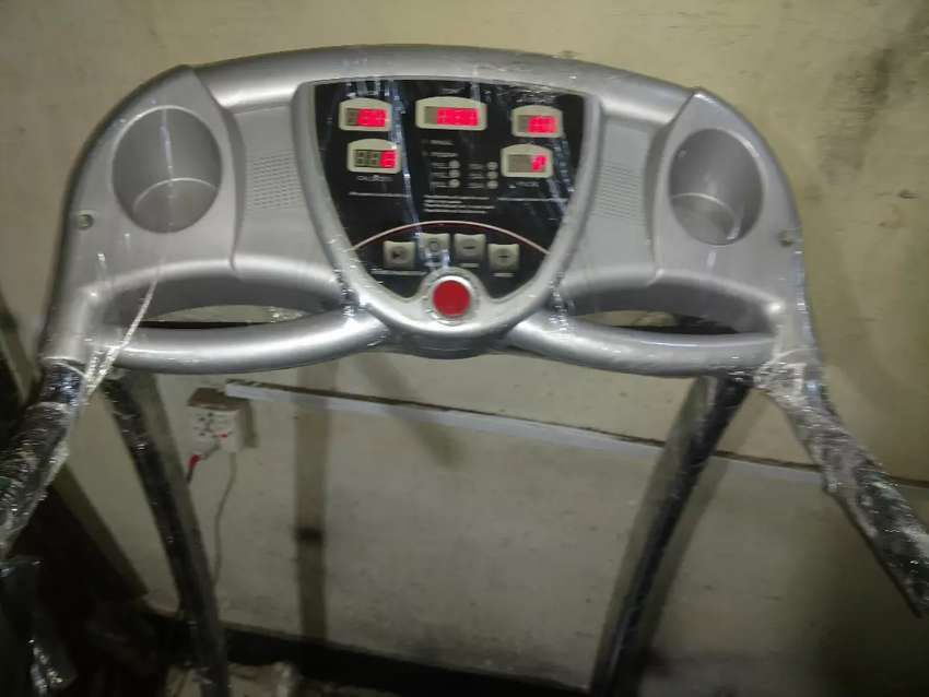 Treadmill apollo new condition 0