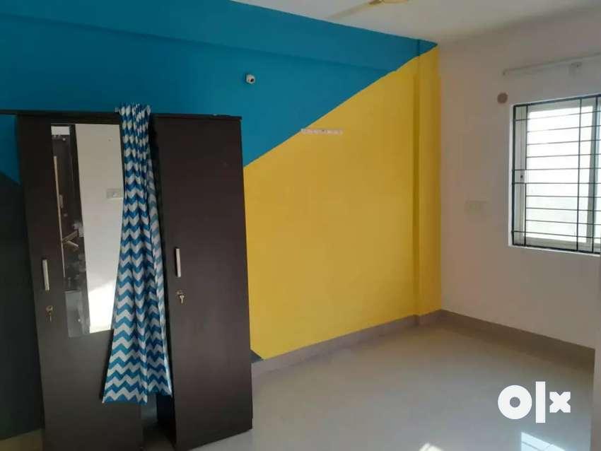Low deposit Bachelor's room for rent just 4999 /-