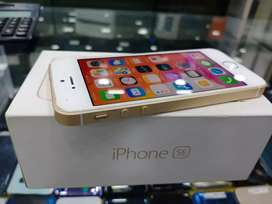 64GB iphone SE going lowest at just 9900 only