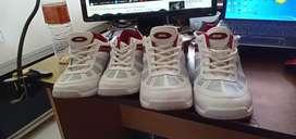 Sepatu Sparx 2 buah Joging Nomor 41 & 37 Sekali Pakai Lomba Nari