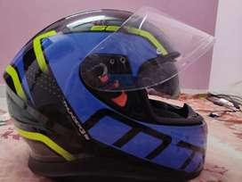 MT Thunder 3sV helmet (double visor ) Medium size used for 2 weeks