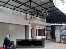 Rukost dan praktek dokter jl Dewi Sartika pusat kota strategis