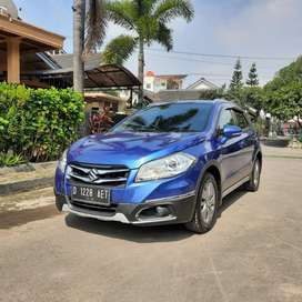 Km 41Rb SUZUKI SX4 S-CROSS 1.5 AT 2016  1Tangan dari baru
