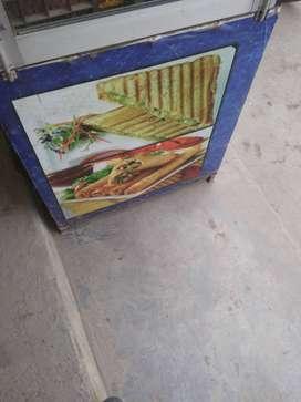 Need ledies for fast food