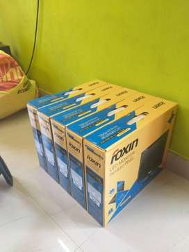 Foxin 15.4 LED Monitor NEW STOCK