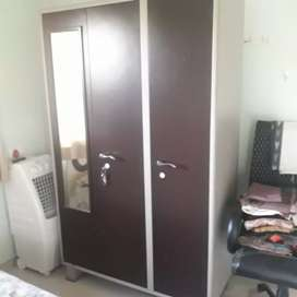 Cupboard with king size bed with mattrrss