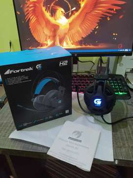 Fortrek H2 Pro Gaming Headphones /Headset with Noise Canceling Mic!