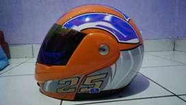 Helm merek xxx ukuran M, multi fungsi bisa full face bisa half face