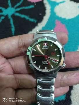 Jam tangan Swiss Military
