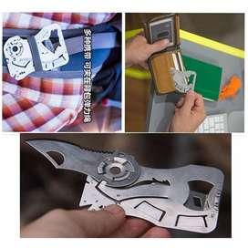 EDCGEAR Wolf Pisau Lipat Kartu Multifungsi Hidden Portable Knife Credi