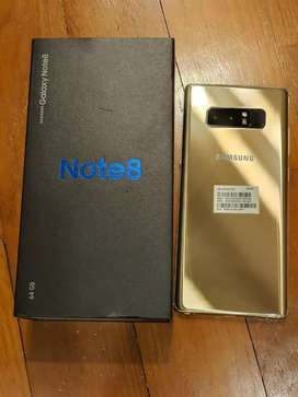 Exelent condition samsung galaxy note 8 with box