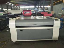 Co2 Auto Double Head Laser Cutting & Engraving Machine