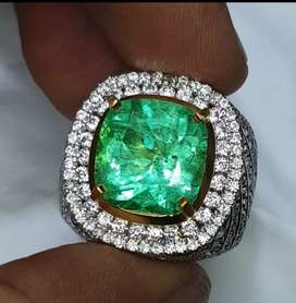 Emerald Beryl 7.84ct Colombia minor