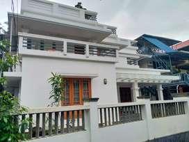 thrissur ayyanthole 5 cent 4 bhk grand villa