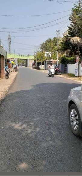 House plot Near town, 9 cent land, small car accesss way,