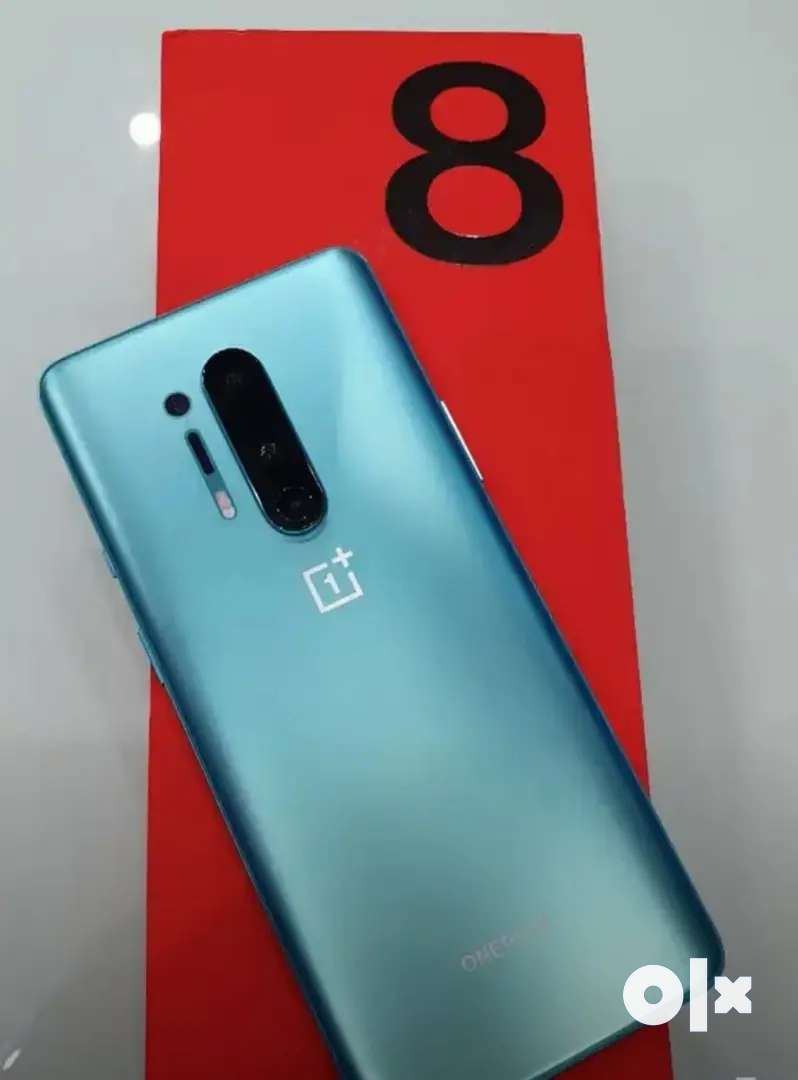 ONE PLUS 8 PRO USED WITH BILL l CHARGER FULL ACCESSORIES 0