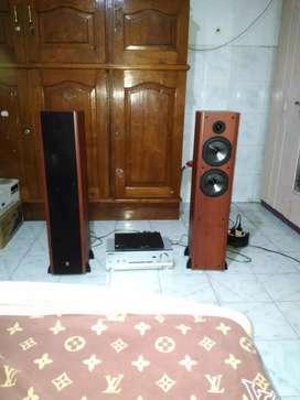 Dijual speaker floorstanding Boston Acoustic 100% baru gress