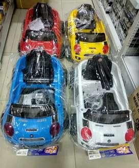 Mobil dorong anak baru