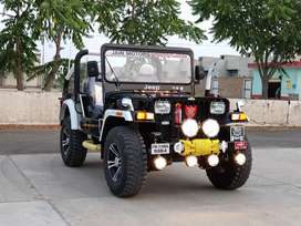Jeep's modified thar