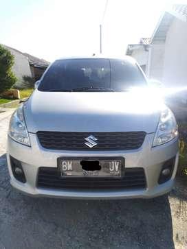 Suzuki Ertiga GX tahun 2012, warna silver