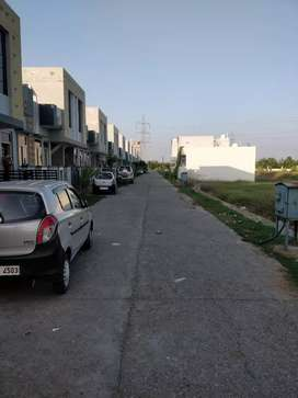 Plot on Bundi road ,Gated township ,90% Loan Available