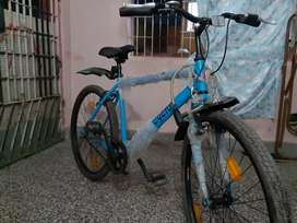 Cyclux brand new bicycle used just 1 week for sale