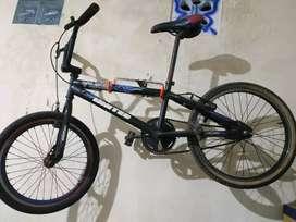 Sepeda bmx ban 20