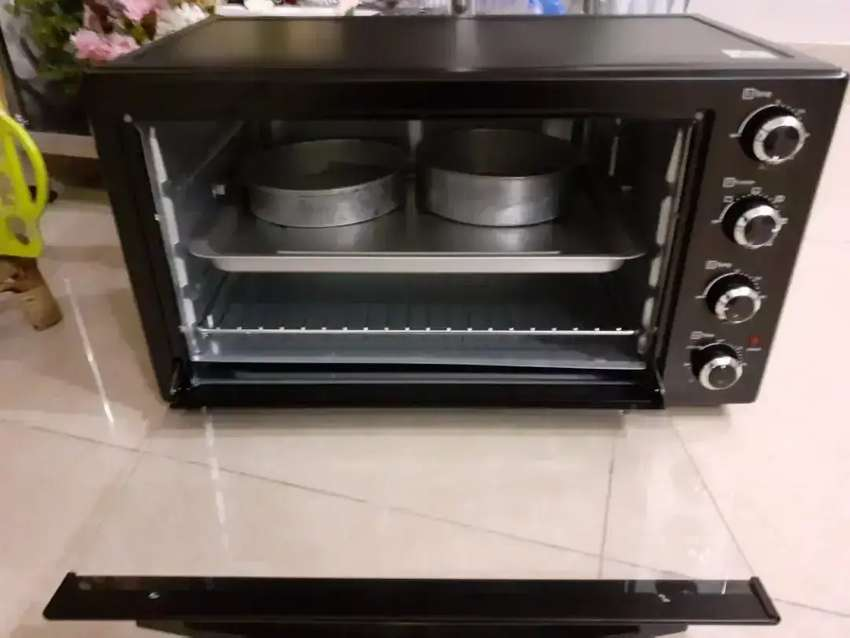 Full size convention oven 0