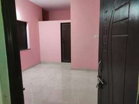 1 room available with attached bathroom and gallery