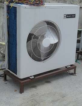 3 ton ductable ac available,very rare used,good condition in scroll