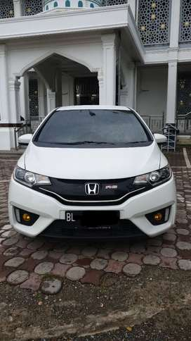 Jazz RS GK5 Automatic Putih Mutiara