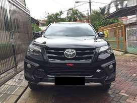 Toyota Fortuner TRD Sportivo vrz LUX 2018 Diesel AT Km 17rb Like New