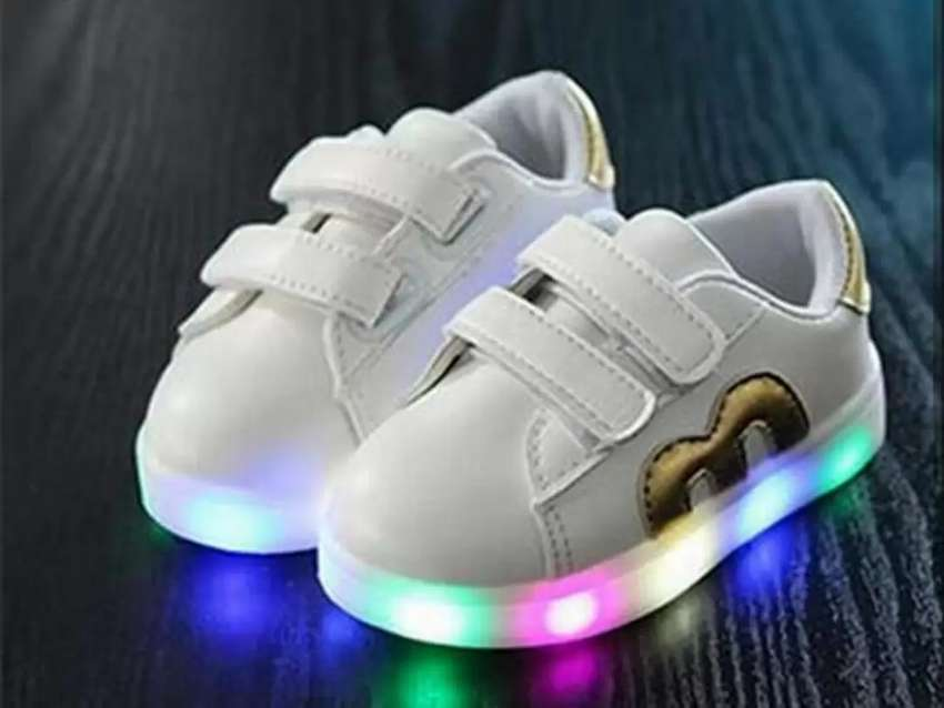 Shoes fashion M gold 0
