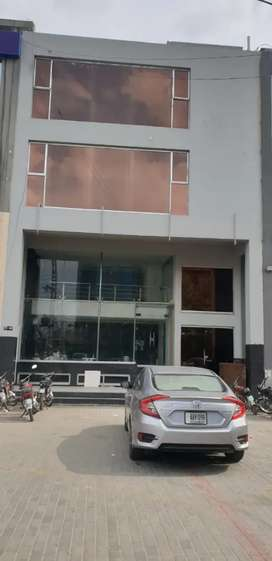 Building for Rent 8000 Sq.Ft