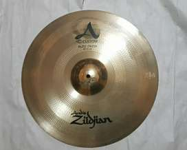 Sold Cymbal crash 18 Zildjian A custom rezo crash
