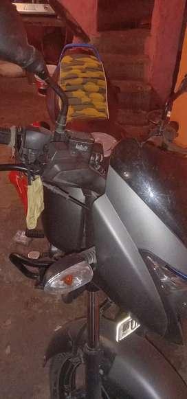 125 cc  pulser