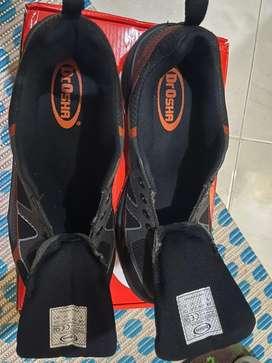 Sepatu safety ukuran 40 dr.osha
