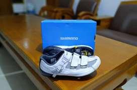 Sepatu Shimano RP3 White 45e