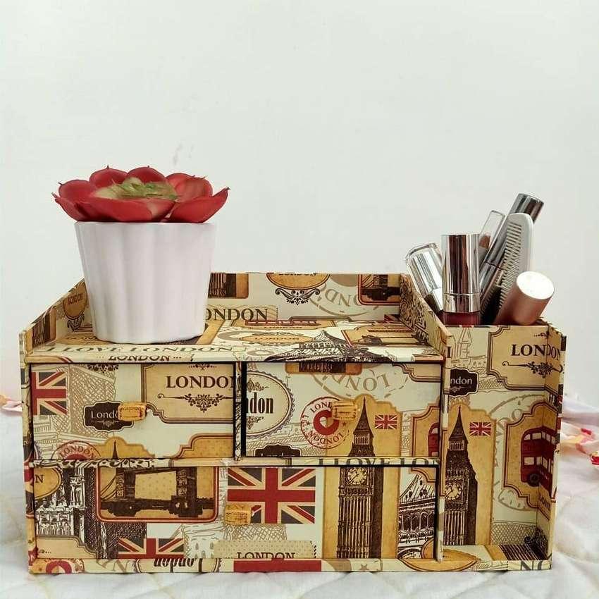 Kotak Laci London Coklat 0