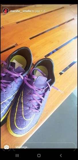 Nike turf boots