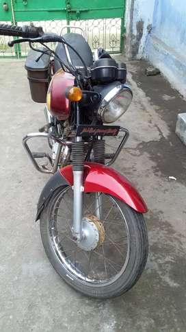 Very ver good condition bajaj caliver