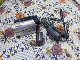 Sony DCR-DVD610 Handycam Video Camera