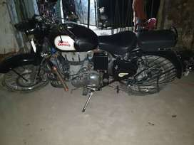 Royal enfield classic very good condition